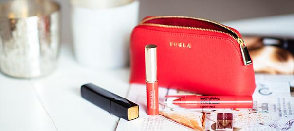 3 x Red Lipstick